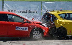 宝くじの当選確率と交通事故の確率